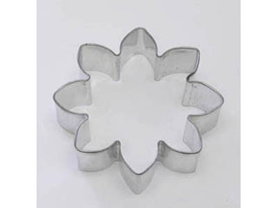 TBK Daisy  Cookie Cutter