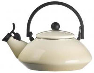 Le Creuset Zen Tea Kettle