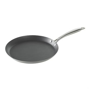 Nordic Ware 11-Inch Traditional French Steel Crepe Pan
