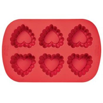 Wilton Silicone 6-Cavity Ruffled Heart Mold