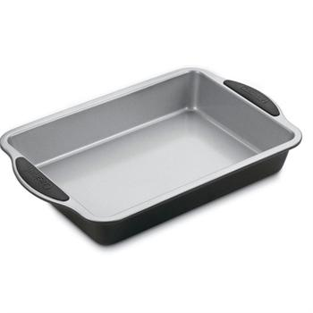 Cuisinart Easy Grip 9 in. x 13 in. Sheet Cake Pan