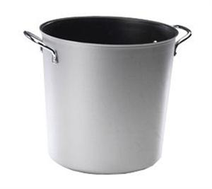 Nordic Ware 12 Qt. Stock Pot without Lid