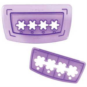 Flower Chain Border Cutting Insert