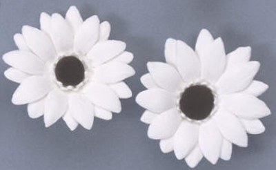 Gumpaste Hand Made Gerbera Daisies   1 Per Package